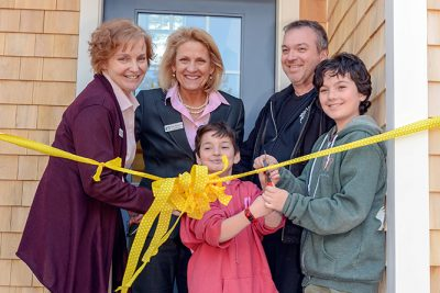 Deer Pond open house and ribbon cutting